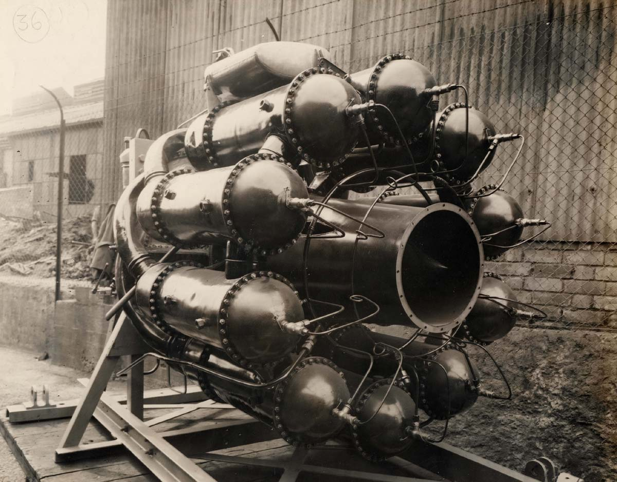 the invention of the jet engine Frank whittle invented the jet engine as we know it he had the vision as young man and toiled away at the project for years on his own, with little support from the raf.